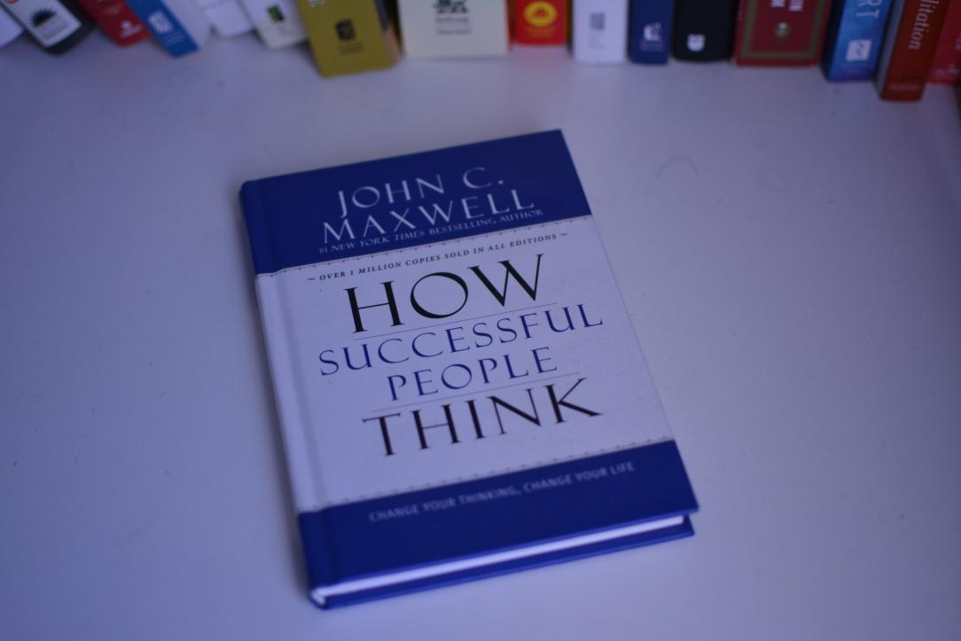 john c maxwell how successful people think.JPG